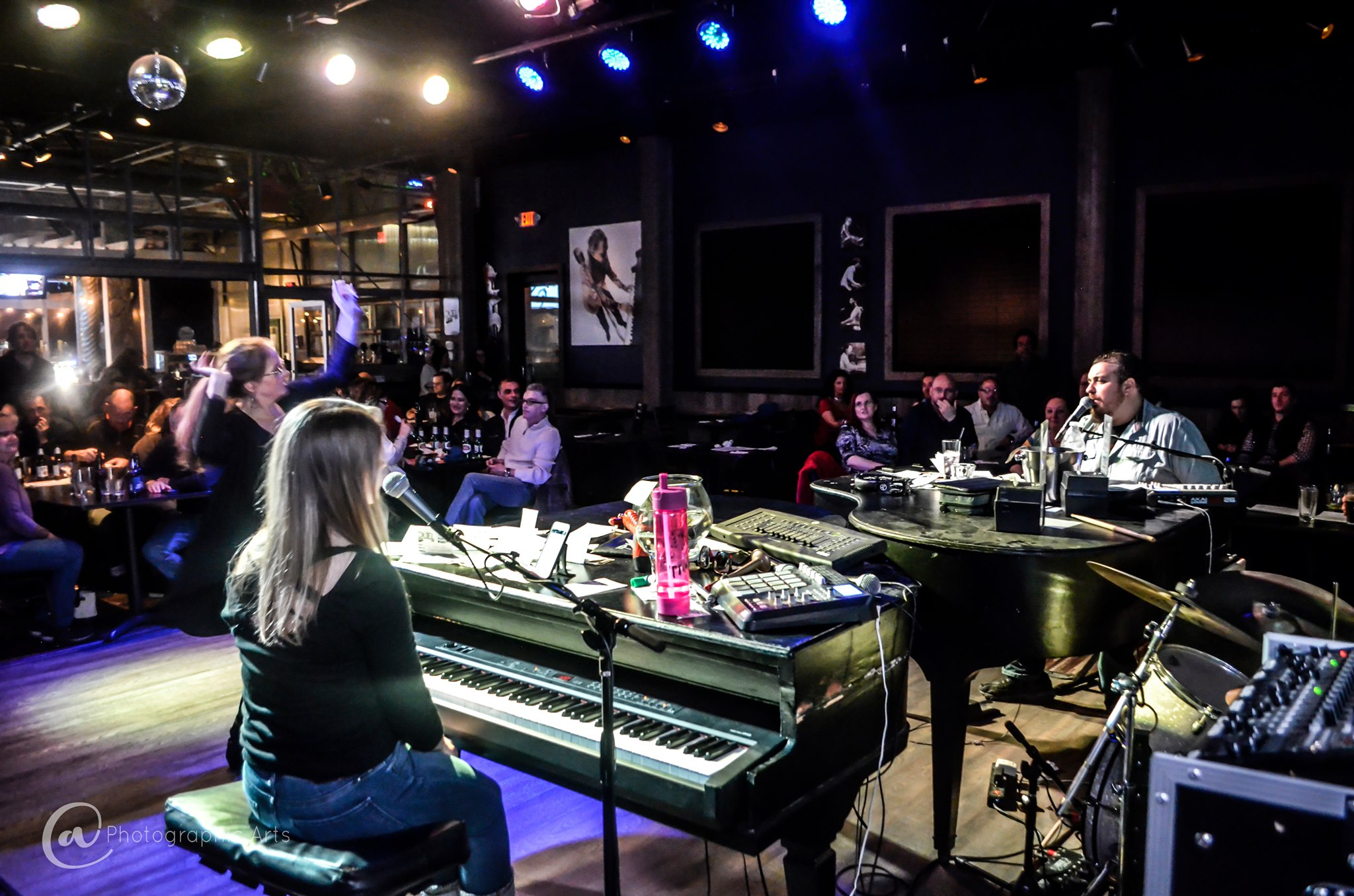 Midwest Dueling Pianos Kansas Bar Show